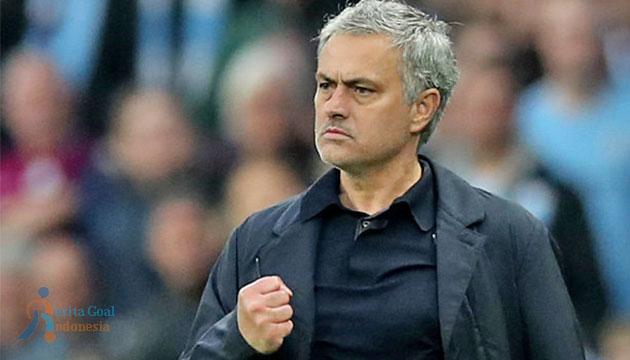 Harapan Mourinho Untuk Alexis Sanchez Segera Bergabung