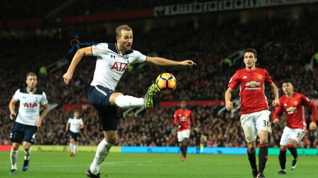 Hasil Liga Inggris : Tottenham Hantam MU 3 – 0 Di Old Trafford