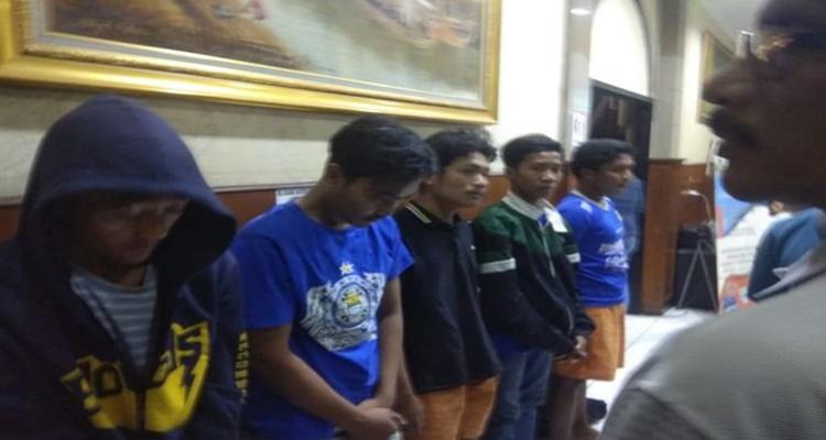 Catatan Kelam Sepak Bola Indonesia : Aksi Bobotoh Berujung Duka